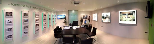 Aidan Brady Office, Barna